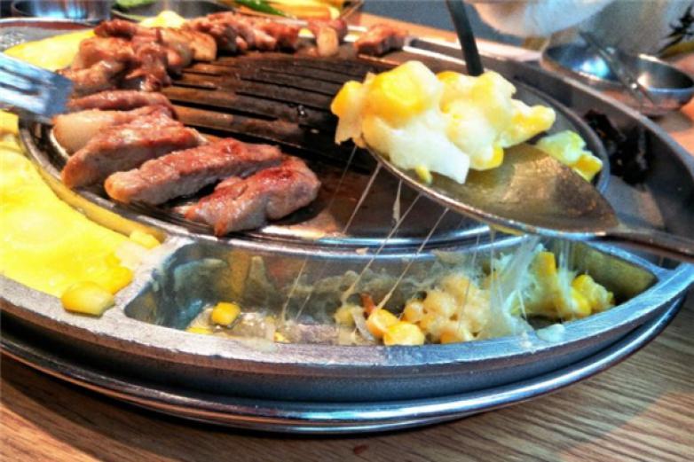 姜虎東的烤肉店加盟