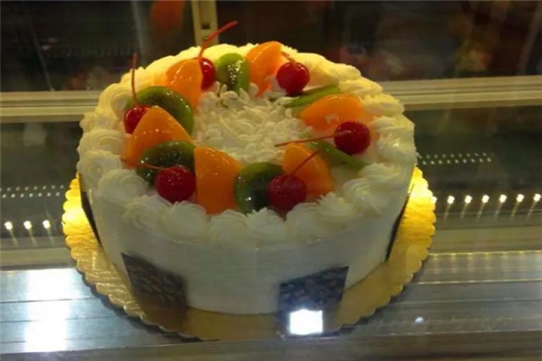 紅沙龍蛋糕加盟