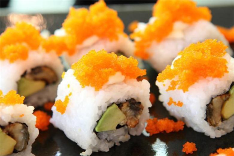 黑方寿司加盟