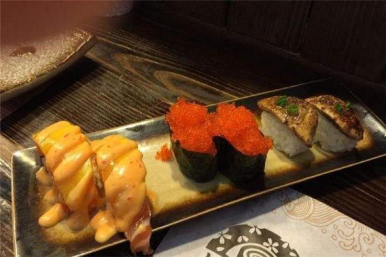 本味壽司加盟