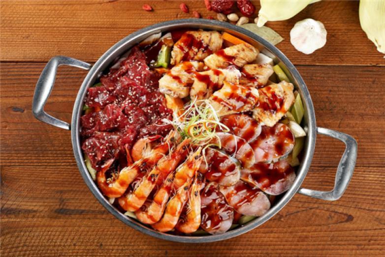 鍋爐三汁燜鍋加盟