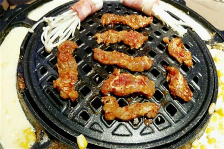 輕燒韓都烤肉加盟