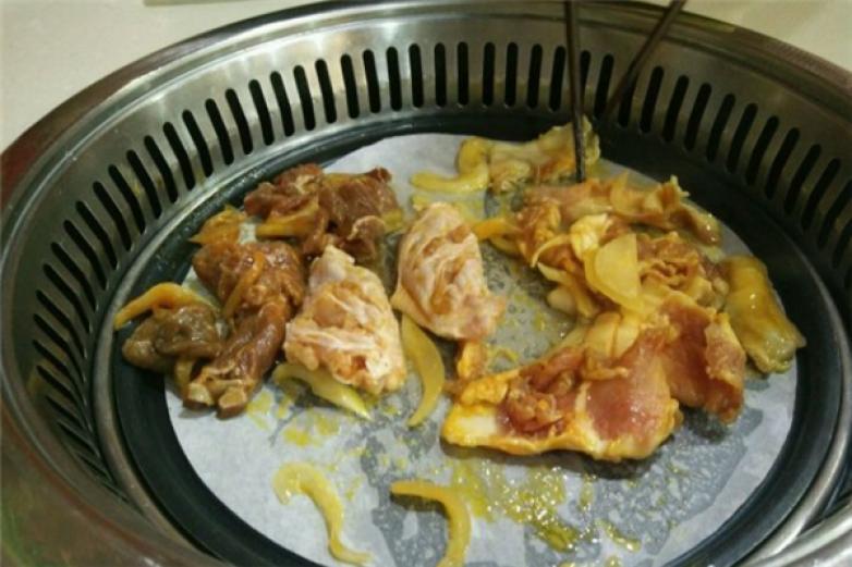 金百合烤肉加盟