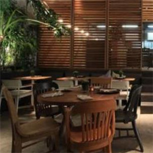 鹿园西餐厅