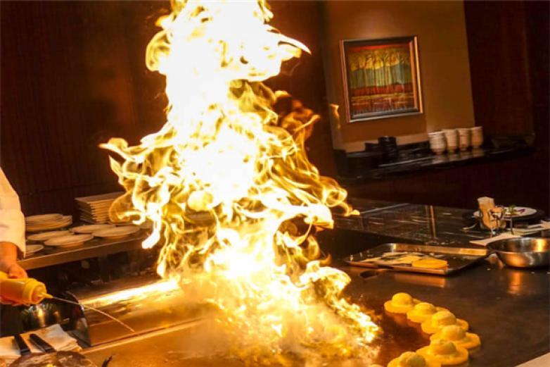 泰板燒料理加盟