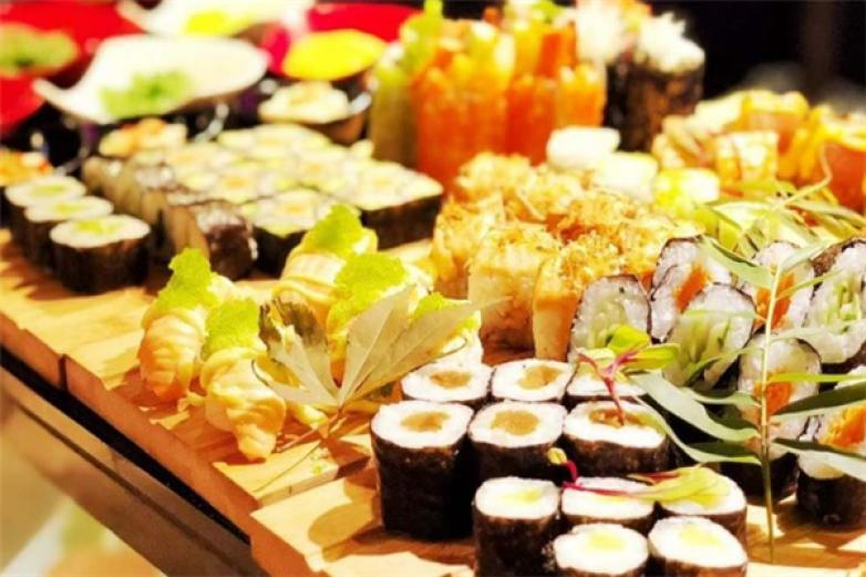 鑫海汇海鲜烤肉自助餐厅加盟
