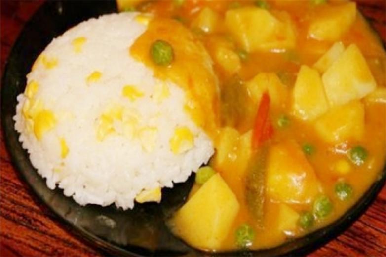 池奈日式咖喱飯加盟
