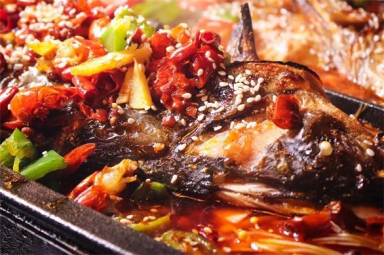 北仑银泰香锅烤鱼加盟