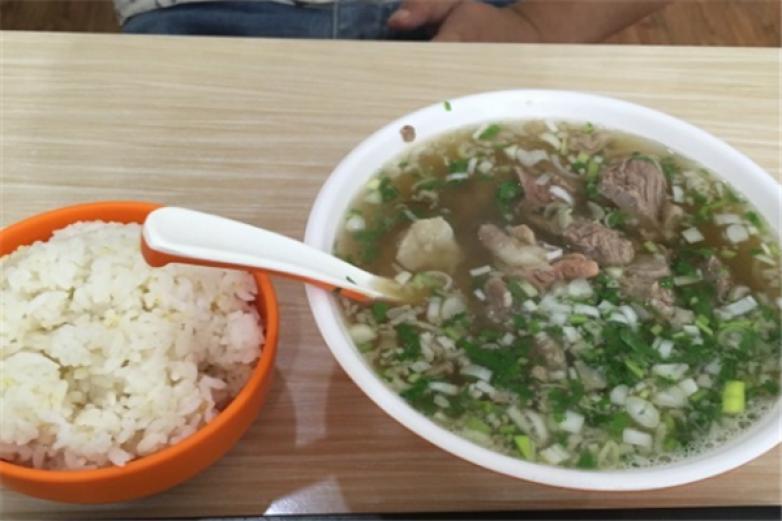 康巴牛肉湯加盟