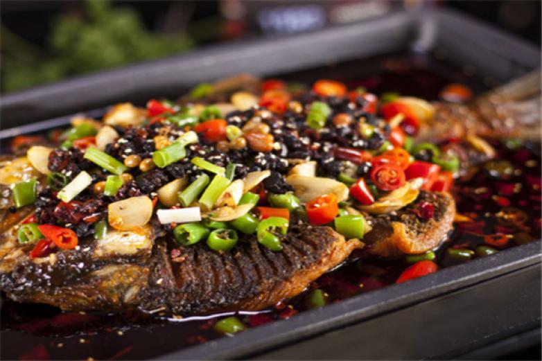 九里乡烤鱼加盟