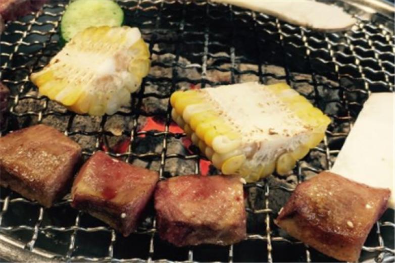 极炙台湾精致炭火烤肉加盟