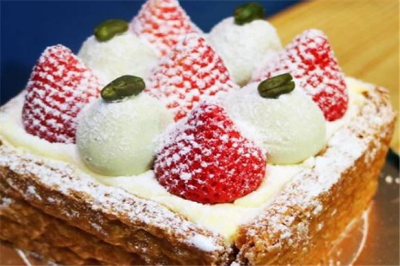 开心草莓甜品加盟