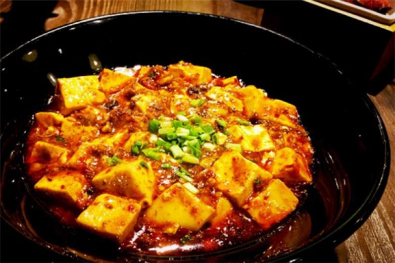 村瑜烽湖南土菜馆加盟