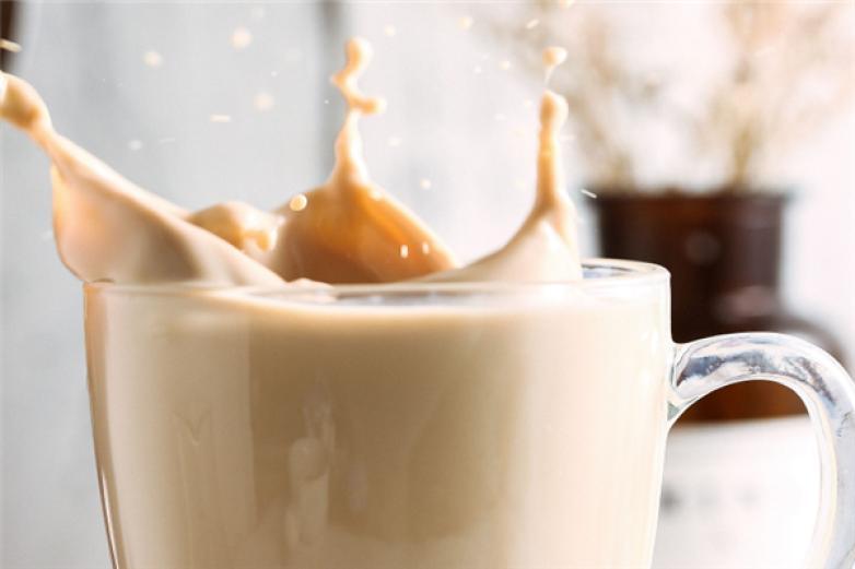厚呷台式奶茶加盟