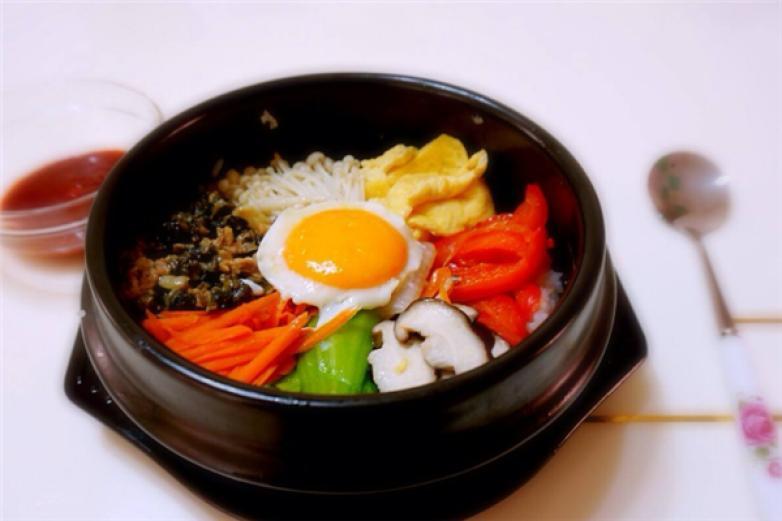 韩客石锅拌饭加盟
