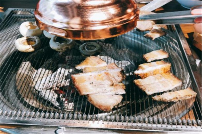 柳峙炭火烤肉加盟