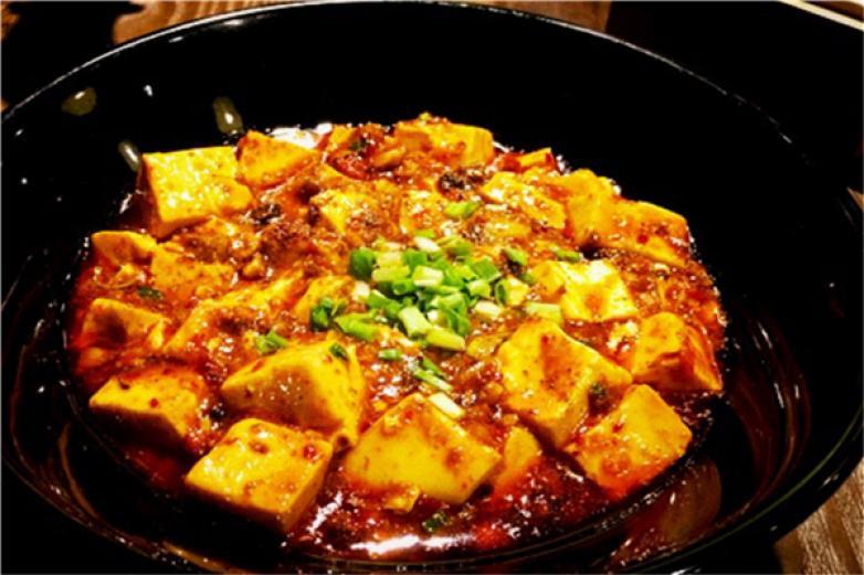 张太婆川菜馆加盟