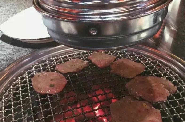 红亭炭火烧肉加盟