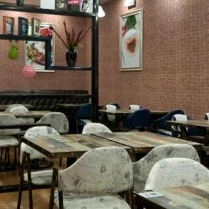芭提雅阳光西餐厅