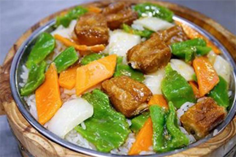 阿强酸菜鱼木桶饭加盟
