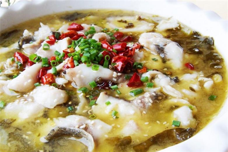 阿青酸菜鱼加盟